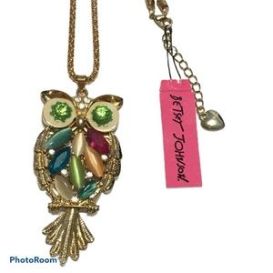 NWT Betsey Johnson rhinestone owl necklace